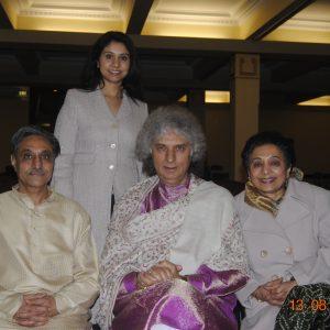 Radhey family with Shiv Kumar ji
